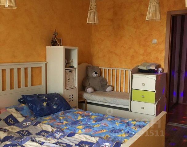 Продается двухкомнатная квартира за 2 830 000 рублей. г Красноярск, ул Норильская, д 4.