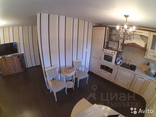 Продается четырехкомнатная квартира за 3 850 000 рублей. г Петрозаводск, р-н Древлянка, Лососинское шоссе, д 21 к 1.