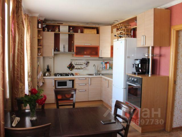 Продается трехкомнатная квартира за 4 700 000 рублей. г Великий Новгород, ул Псковская, д 15.